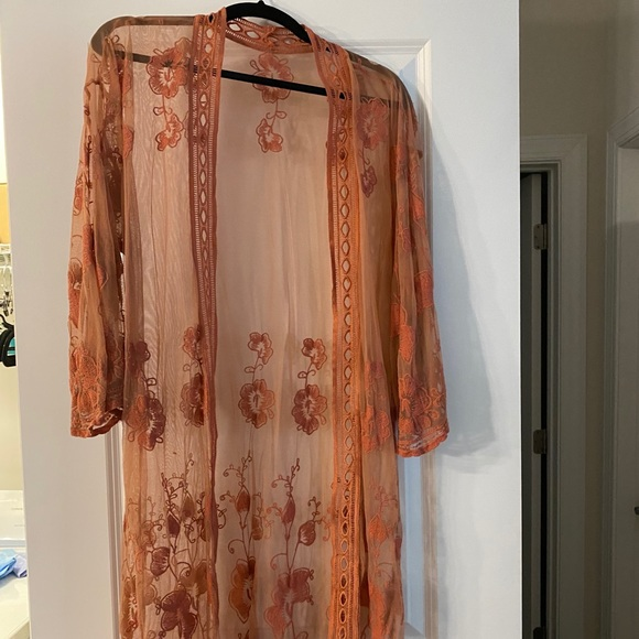 Floral embroidered rust colored duster